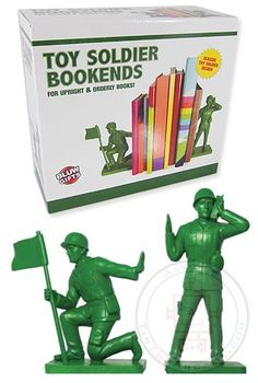 Toy Soldier Bookends : Green Army Men : 1950's Plastic Figures : WWII Military Set of 2