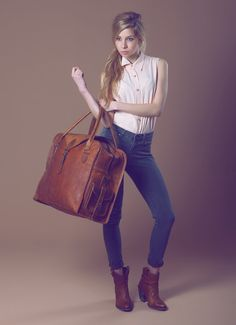 The Vagabond 40: Vintage style brown leather holdall duffel weekend bag carry on flight luggage unisex womens