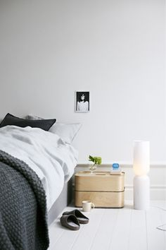 Iittala apartment showcases new Iittala interior decoration products @ http://scandidecoration.blogspot.fi/2013/06/iittala-apartment-showcases-new-iittala.html