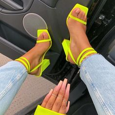 Square toe neon green square chunky heel strappy shoes cute trendy baddie footwear Source by Beccachronicles cute Stilettos, High Heels, Look Fashion, Fashion Shoes, Shoe Boots, Shoes Heels, Strappy Shoes, Neon Heels, Latest Shoe Trends
