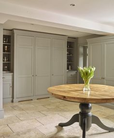 The Old Rectory, Suffolk | Humphrey Munson Kitchens | #grey #painted # Country