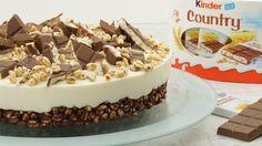 Diese Torte besteht aus einem knusprigen Puffreis-Schokoladen-Boden mit einer süßen Milchmädchen-Mascarpone-Creme und wird getoppt von Kinder Country. Eine leckere no bake Torte, die sich ideal für Geburtstage und andere Feste eignet!<br>