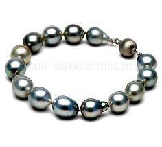 Baroque Tahitian pearl bracelet #Tahitian pearls