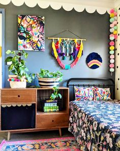 Teen girl bedrooms, wonderfully inspiring post decorating number 3156085813 - a beautiful bit of bedroom decor concept. Small Room Bedroom, Small Rooms, Home Decor Bedroom, Bedroom Ideas, Bedroom Wall, Teen Girl Bedrooms, Little Girl Rooms, Boho Room, Interior Styling
