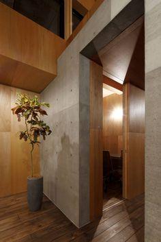 小さな個室 (から 道家洋建築設計事務所)