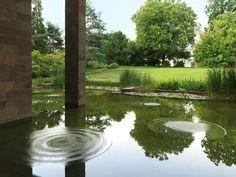 """Per la sua mostra alla Fondazione Beyeler, Philippe Parreno ha realizzato delle bellissime """"ninfee sonore""""..."""