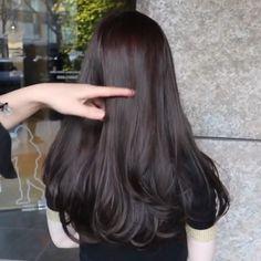Haircuts For Long Hair, Long Hair Cuts, Hairstyles Haircuts, Pretty Hairstyles, Medium Hair Styles, Curly Hair Styles, Korean Hair Color, Middle Hair, Ulzzang Hair