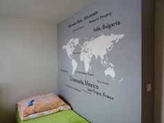How to paint the world map on the wall.