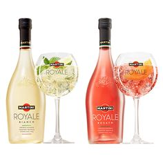 The History of the Martini - Useful Articles Famous Cocktails, Rose Cocktail, Martini Recipes, Sparkling Wine, Scotch Whisky, Bottle Design, Prosecco, Mixed Drinks, White Wine