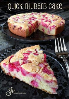 Quick Rhubarb Cake - She Paused 4 Thought Desserts Quick Rhubarb Cake with Crème Anglaise Fruit Recipes, Baking Recipes, Sweet Recipes, Cake Recipes, Dessert Recipes, Best Rhubarb Recipes, Fruit Dessert, Rhubarb Recipes Cake Mix, Quick Recipes