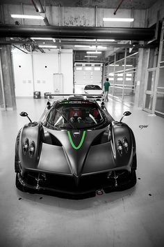Pagani Zonda R by Y Chen1984, via Flickr
