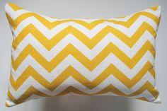 chevron pillow in yellow.