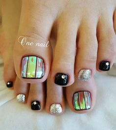 Holographic Toes!!!! Pedicure ideas