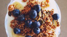 Koolhydraatarme muesli maken? Gebruik dit heerlijke recept! Lekkere krokante muesli om je schaaltje Griekse yoghurt op te pimpen. Maak wat jij lekker vindt.