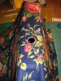 Patchgarden Anleitungen: Ordner bekleben ... aus alt mach neu Sewing Projects, Diy Projects, Arts And Crafts, Diy Crafts, Textiles, Needle And Thread, Tie Dye Skirt, Upcycle, Recycling