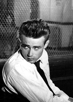 Today in History: James Dean Is Born · Lomography Hollywood Actor, Hollywood Stars, Classic Hollywood, Old Hollywood, Hollywood Boulevard, Hollywood Icons, Hollywood Actresses, James Dean Photos, Rebel Without A Cause