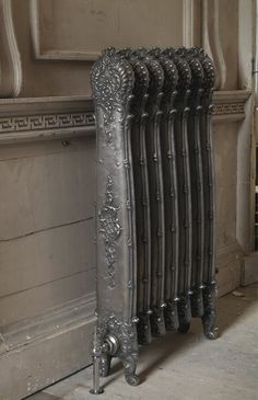 The Antoinette Traditional Cast Iron Radiator