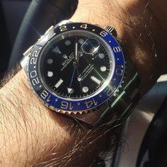 My first Rolex back then getting some love today. #blnr#batman#submariner#pepsi#rolex#hublot#audemarspiguet#royaloak#gmt#gmtmaster#gmtmaster2#hodinkee#patekphilippe#cartier#watchoftheday#wotd#instagood#watchporn#wristporn#watch#wis#watchuseek#dailywatch#watchcollector#watchanish#rolexsubmariner #rolexwatches#116710#16710 by theflywrist #rolex #submariner