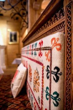 Wood Crafts Furniture, Old Country Houses, Wooden Architecture, Luxury Restaurant, Poland Travel, Mountain Homes, Traditional Design, Rustic Decor, Beautiful Homes