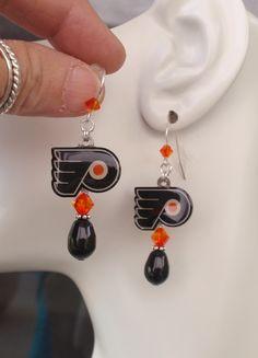 Philadelphia Flyers Black Pearl Orange Crystal SS Ear Wires Pro Hockey Fan Women's Earrings