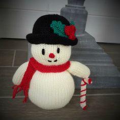 Bonhomme de neige.... Yarn Trees, Christmas Diy, Christmas Ornaments, Free Knitting, Crochet Projects, Crochet Hats, Make It Yourself, Kids, Messages