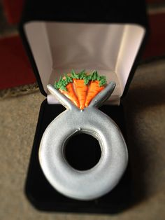 3 Carrot Ring - Brilliant idea via @Gail Dosik (One Tough Cookie Blog)