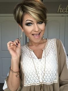 Pin on bob hairstyles for fine hair Pin on bob hairstyles for fine hair Bob Hairstyles For Fine Hair, Undercut Hairstyles, Prom Hairstyles, Easy Hairstyles, Layered Hairstyles, Celebrity Hairstyles, Short Haircuts, Short Hair Styles Easy, Short Hair With Layers