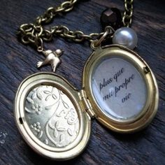 "Renesmee's Locket ""Plus que ma propre vie"""