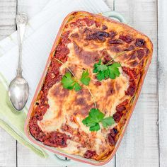 Nyhtökauralasagne Vegetable Pizza, Vegetables, Ethnic Recipes, Food, Lasagna, Essen, Vegetable Recipes, Meals, Yemek
