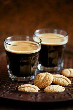 Bună dimineața! Sâmbătă frumoasă şi relaxantă! www.nighton.ro