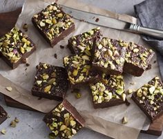 No-bake Fudgy Choc Brownie: A super fudgy chocolate brownie without even turning on the oven!. http://www.bakers-corner.com.au/recipes/slices/brownies/no-bake-fudgy-choc-brownie/
