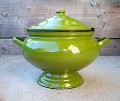 I think I need a soup tureen so we can stay seated during meals.  I want one with a little cut-out for the ladle, too.