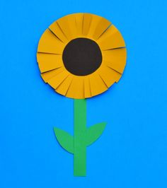 As summer turns to fall, it's nice to see bright yellow sunflowers growing big and tall. This colorful sunflower craft for kids is perfect for preschool, kindergarten and first grade alike. The process of making this sunflower craft is super simple and uses just three supplies you most likely already have right at home or in the classroom: …
