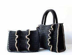 "New ""Passion"" ♥️ Black-Caramel Shoulder bag Crochet Cable, Crochet Tote, Crochet Handbags, Crochet Purses, Ruffles Bag, Crochet Bag Tutorials, Macrame Purse, Round Bag, Black Tote"