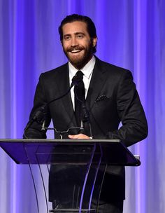 Jake Gyllenhaal Photos - Hollywood Foreign Press Association Hosts Annual Grants Banquet - Zimbio