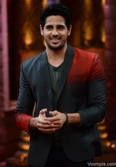Comedy Nights Bachao rocks with Alia, Sidharth and Fawad for Kapoor and Sons Sidharth Malhotra looks Bollywood Stars, Bollywood Fashion, Siddharth Malothra, Kapoor And Sons, My Name Is Khan, Jassi Gill, Student Of The Year, Comedy Nights, Handsome Actors