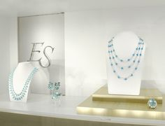 Shop windows of this week: turquoises, diamonds and gold jewels #finejewelry