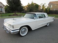 1960 Ford Thunderbird http://classic-auto-trader.blogspot.com #classiccars