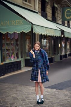 Ira Sumbayeva is Parisian Chic for Cosmopolitan Mexico by Vladimir Marti