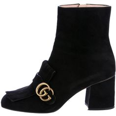 Pre-owned Gucci 2017 GG Marmont Ankle Boots (17.270 CZK) ❤ liked on Polyvore featuring shoes, boots, ankle booties, black, black suede bootie, black booties, black square toe boots, black suede ankle booties and short black boots