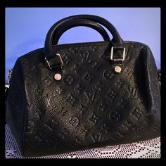 Authentic Louis Vuitton speedy Bandouliere Authentic-purchased in France from a Louis Vuitton dealer. M40762 Louis Vuitton Bags