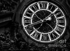 Grand Central Timekeeper - BW - photograph by James Aiken Grand Central Timekeeper - BW - Fine Art Prints and Posters for Sale james-aiken.artistwebsites.com #clocks #grandcentralstation #newyorkcity