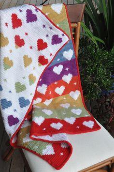 Baby Love  Double Knit Baby's Heart Blanket door QueenOfTheTeaCosies