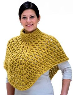 Women's knit poncho patterns and constructions # poncho # crochet # crochet . - Knitting a love Crochet Cape, Crochet Scarves, Crochet Shawl, Crochet Clothes, Free Crochet, Knit Crochet, Poncho Knitting Patterns, Crochet Patterns, Knitted Capelet
