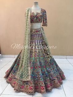 What a Bridal Lehenga! What a Bridal Lehenga! Indian Wedding Wear, Indian Bridal Outfits, Indian Bridal Lehenga, Pakistani Bridal Dresses, Indian Designer Outfits, Indian Dresses, Fashion Closet, Glam Look, Bridal Lehenga Collection