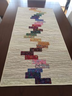 Quilted Table Runners, Quilted Table Toppers, Place Mats Quilted, Small Sewing Projects, Table Runner Pattern, Mug Rugs, Origami, Quilt Top, Quilt Making