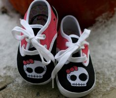 Not into skulls, but these have got 2be the CUTEST thing ever!!! Pink and Black Skull Custom Shoes for Baby by ComptonsCreations, $50.00  @Mandy Garner