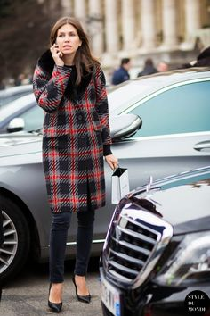 Cómo se abrigan las estrellas del streetstyle para ir a la fashion week