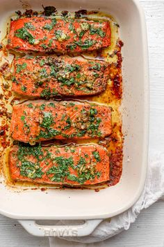 Garlic Cilantro Baked Salmon {Easy Marinade} - FeelGoodFoodie Salmon Recipes, Fish Recipes, Seafood Recipes, Dinner Recipes, Healthy Recipes, Healthy Meals, Healthy Food, Oven Baked Salmon, Keto Pumpkin Pie