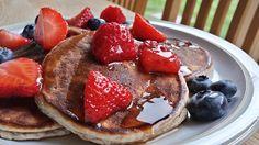 Ultimate Protein Pancakes Web Ultimate Protein Pancakes 30gOats 10gCoconut Flour 20gProtein Powder 3Egg Whites (100g) 1Banana (Medium) 1/2 tspCinnamon